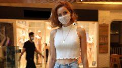 Fenerbahçeli Volkan Demirel'in eşi Zeynep Sever maske işine el attı